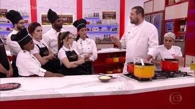 Workshop com Pier Paolo Picchi: chef ensina a fazer polentas - Chef ensina aos cozinheiros os segredos da polenta. Na Casa de Cristal, Ana Maria mostra a diferença entre o fubá e a farinha de milho