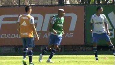Palmeiras terá novidades para o clássico contra o Corinthians - Palmeiras terá novidades para o clássico contra o Corinthians
