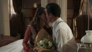 A vida parece ter voltado ao eixo no Vale do Café - Mariana vê seu vestido de noiva, Camilo curte a proximidade com Julieta, Elisabeta mima Darcy