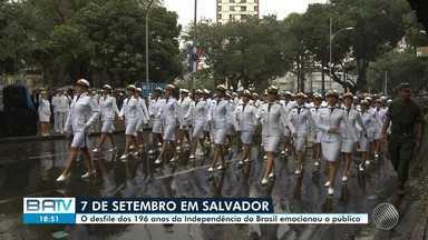 Desfile cívico do 7 de setembro atrai multidão em Salvador, mesmo com chuva - Pessoas de todas as atividades participaram do evento, que celebrou os 196 anos da Independência do Brasil.
