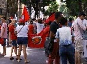 Movimentos sociais realizam 24º 'Grito dos Excluídos' em Belém - Com cartazes e bandeiras manifestantes seguiram pela avenida Nazaré.