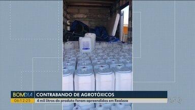 Quatro mil litros de agrotóxicos contrabandeados são apreendidos - O flagrante foi feito na PR-182, em Realeza.