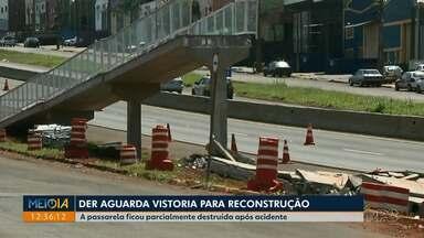 Polícias rodoviárias divulgam balanço de acidentes na região de Londrina - Foram registrados, 48 acidentes nas rodovias da região. Dez pessoas morreram. Na sexta-feira um motorista morreu após bater numa passarela da PR-445, o DER aguarda vistoria para reconstrução.