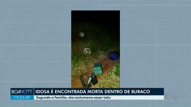 Corpo de idosa encontrada morta dentro de buraco é enterrado em Santa Fé - De acordo com informações repassadas pelos familiares, a idosa teria o costume de caçar tatu.