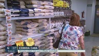 Preço dos alimentos só deve dar alívio ao bolso em 2019 - Produtos importantes da cesta básica vão ficar bem acima da inflação oficial este ano.