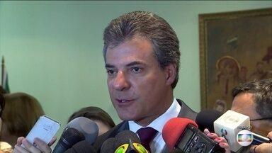 Beto Richa é preso junto com a mulher em Curitiba - O ex-governador do Paraná é alvo de duas operações. Uma da Lava Jato e outra do MP-PR.