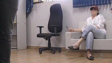Ex-vereadora de Andradina é presa por compra de votos - Uma ex-vereadora de Andradina (SP) foi presa por compra de votos, na manhã desta quarta-feira (12). De acordo com a polícia, a mulher é acusada de pagar outros vereadores para se eleger como presidente da câmara em 2004.