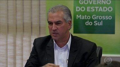 PF cumpre mandados de busca e apreensão na casa do governador do MS - Reinaldo Azambuja, do PSDB, e candidato à reeleição, é suspeito de chefiar uma quadrilha que exigia propina a empresas em troca de redução de impostos.