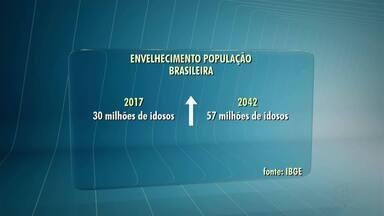 Expectativa de vida dos brasileiros cresce nas últimas décadas - Busca por hábitos saudáveis também cresceu.