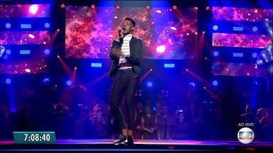 Kevin Ndjana avança para mais uma etapa do The Voice Brasil - Técnicos reequilibram os times para a próxima etapa do 'The Voice Brasil'