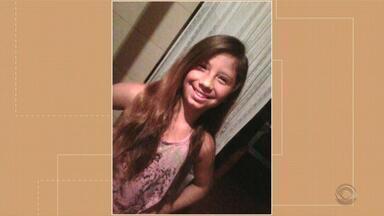 Menina de 13 anos morre após pneu de motoniveladora explodir em Rio Grande - A jovem chegou a ser encaminhada ao posto de saúde do Cassino, mas não resistiu aos ferimentos.