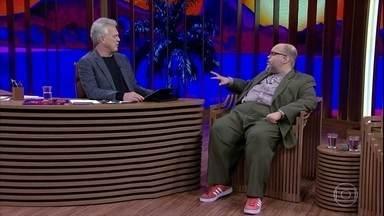 Ed Motta fala sobre Tim Maia - Cantor relembra clipe de Erasmo Carlos em que interpretou o tio
