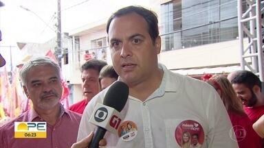 Paulo Câmara promete concluir terminal integrado da 4ª perimetral - Candidato do PSB à reeleição cumpriu agenda no domingo (16)