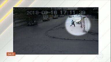 Mulher é assassinada a tiros na porta de casa pelo ex-marido em Montes Claros (MG) - A ação foi registrada por câmeras de segurança. O autor do crime tentou fugir, mas acabou preso.