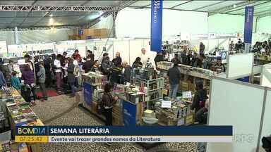 Começa Semana Literária em Curitiba e outras 22 cidades do Paraná - Em Curitiba também tem Feira do Livro na praça Santos Andrade.