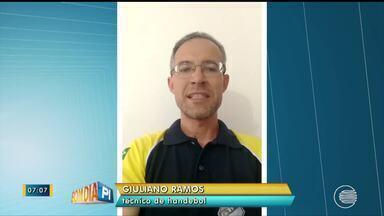 Técnico de handebol do Piauí se destaca por atuação nos Jogos Escolares - Técnico de handebol do Piauí se destaca por atuação nos Jogos Escolares