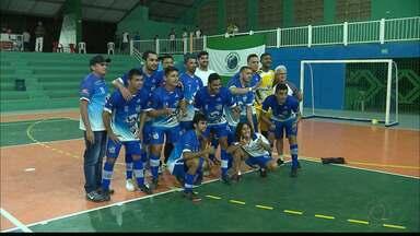 São Bento tenta manter tradição do Sertão no futsal paraibano - Time sertaneja está na final do Campeonato Paraibano, contra o Friboi Santa Rita