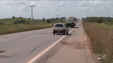 Falta de infraestrutura toma conta da BR-316 no Maranhão - Entre os problemas que afetam a rodovia, os buracos são os que mais chamam a atenção.