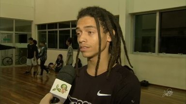 Cearense de 20 anos é concorre em competição de breakdance na Suiça - Saiba mais em g1.com.br/ce