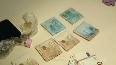 Operação integrada prende suspeitos de tráfico de drogas em Alter do Chão - A Operação 'Sairé em Paz' teve como alvo sete mandados de busca e apreensão, em locais relacionados com o tráfico de drogas, além de três mandados de prisão.