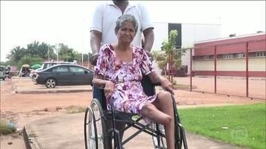Idosa morre sem receber atendimento na porta de um hospital no Maranhão - Dona Hilda Ferreira voltava para Pinheiro (MA) depois de uma sessão de hemodiálise em São Luís.