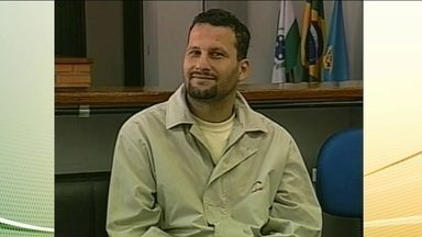 Polícia Federal prende o foragido internacional Assad Ahmad Barakat. - Ele foi preso hoje mem Foz do Iguacu, no Paraná. A suspeita é de Assad Ahmad BaraKat tenha ligações com o grupo libanês Hezbollah.