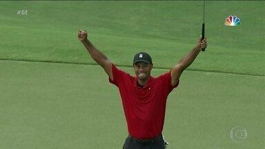 Tiger Woods volta a vencer depois de 5 anos e chega aos 80 títulos na carreira - Tiger Woods volta a vencer depois de 5 anos e chega aos 80 títulos na carreira