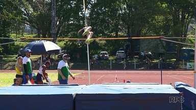 Estudantes competem pelos Jogos Abertos do Paraná - As competições dos Jogos Abertos do Paraná começaram neste final de semana em vários locais de Londrina.
