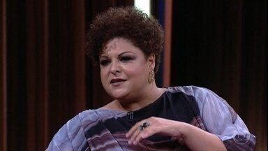 Fabiana Cozza fala sobre polêmica envolvendo sua escalação para interpretar Ivone Lara - Cantora foi eleita pela própria Dona Ivone como sua sucessora