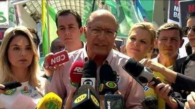 Geraldo Alckmin (PSDB) faz campanha em Santo André, no ABC Paulista - O candidato à presidência pelo PSDB, Geraldo Alckmin, fez campanha em São Paulo nesta terça-feira (25).