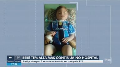 Pais de bebê com doença rara buscam tratamento em casa pelo SUS após criança receber alta - Pais de bebê com doença rara buscam tratamento em casa pelo SUS após criança receber alta