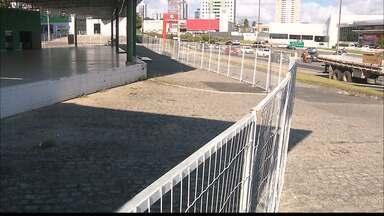 Polícia investiga suposto golpe em loja de carros de João Pessoa - Várias pessoas foram prestar queixa na delegacia.