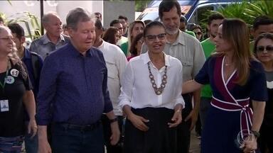 Candidato da Rede, Marina Silva, faz campanha em Manaus - Jornal Nacional mostra como foram as atividades de campanha de candidatos à presidência nesta sexta-feira (28).