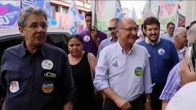 Candidato do PSDB, Geraldo Alckmin, faz campanha em Minas Gerais - Jornal Nacional mostra como foram as atividades de campanha de candidatos à presidência nesta quarta-feira (3).