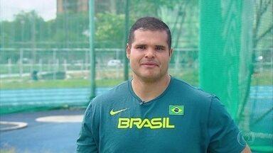 Wagner Domingos, o Montanha, está de passagem pelo Recife depois de ter feito história - No lançamento do martelo, pernambucano conquistou o maior resultado de um brasileiro nas Olimpíadas do Rio