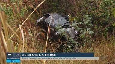 Polícia investiga acidente que matou família na BR-050 - Polícia investiga acidente que matou família na BR-050
