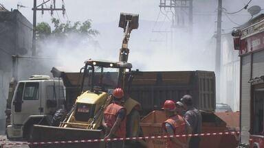 MPE instaura inquérito para apurar incêndio que provocou emissão de gás tóxico em Santos - Marcenaria armazenava produto químico de forma irregular.