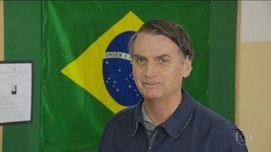 Jair Bolsonaro fala sobre agressões na campanha - Ele disse que dispensa o voto de quem pratica violência.