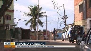 Policiamento está reforçado no bairro São Benedito após flagrante de criminosos com armas - Além do porte de armas, tem recados de ameaças nos muros da comunidade.