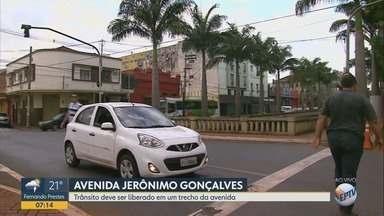 Trecho da Avenida Jerônimo Gonçalves é liberado após obras em Ribeirão Preto, SP - Transerp liberou a via entre a Avenida Fábio Barretos e Rua Coronel Luiz da Cunha, mas há outras alterações.