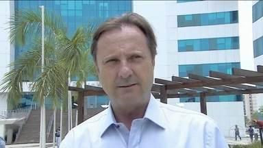 PF espera resultado de perícia para decidir se senador Acir Gurgacz pode ser transferido - Enquanto isso, Gurgacz continua internado no hospital da família dele, no oeste do Paraná, mesmo com uma decisão do Supremo para que comece a cumprir pena em Brasília.