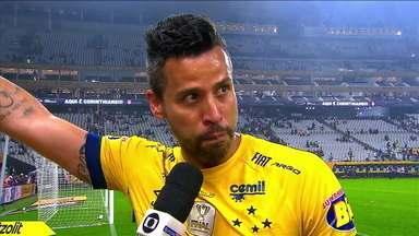 Fábio celebra mais uma conquista com a camisa do Cruzeiro - Fábio celebra mais uma conquista com a camisa do Cruzeiro