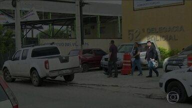Corregedoria prende policiais por corrupção e sequestro no Rio - Dois delegados e cinco agentes da Polícia Civil participavam que esquema que cobrava para prender criminosos e sequestravam traficantes.