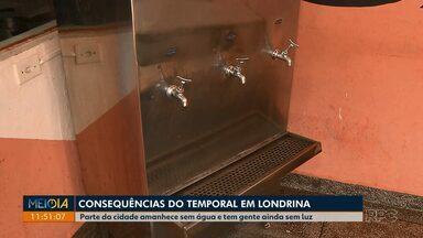 Temporal deixa imóveis sem água e sem luz em Londrina - Ao todo são 170 imóveis sem água e seis mil sem luz. Além de Londrina, cidades da região também foram atingidas.