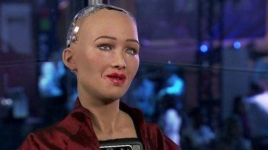 Conheça Sophia, a robô mais inteligente do mundo - A simpática robô já foi capa de revista, já rodou o mundo e até discursou nas Nações Unidas.