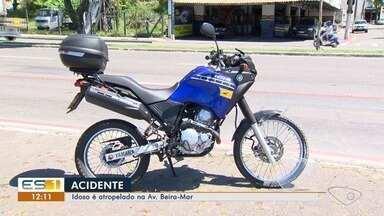 Motociclista atropela idoso na avenida Beira Mar - Os dois foram levados para o hospital.