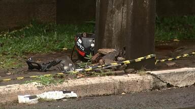 Motociclista morre após bater em poste na rua Minas Gerais - O acidente foi no fim da madrugada.