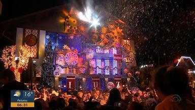 Abertura do Natal Luz encanta público em Gramado - Assista ao vídeo.