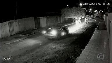 Morte de policial militar gera tensão entre PM e Polícia Civil no Tocantins - Dois policiais militares suspeitos de cometerem dois assassinatos foram perseguidos por agentes da Polícia Civil. Um PM acabou sendo morto.