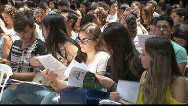 Em João Pessoa, mais de seis mil alunos participaram de um aulão para o Enem - No bairro de Manaíra, estudantes participaram de um aulão pra conferir as últimas dicas antes da prova do Enem.